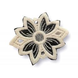 Woll appliqué blossom, Italian macramé, sew on